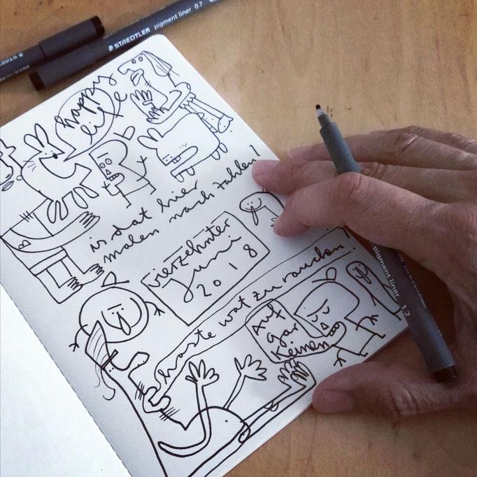 Skizzenbuch Seite Was zu rauchen, Zeichnung mit Tusche auf Papier von Frank Schulz Art, zeigt Fantasie Figuren im Gespräch