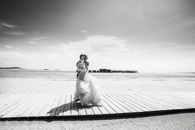 Paarfoto am Strand von Sankt Peter-Ording