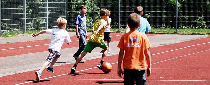 Fotografie: Peter Scheerer Stuttgart - ganz und gar betreuung e.V. - Fussball, Jimdo Expert Stuttgart
