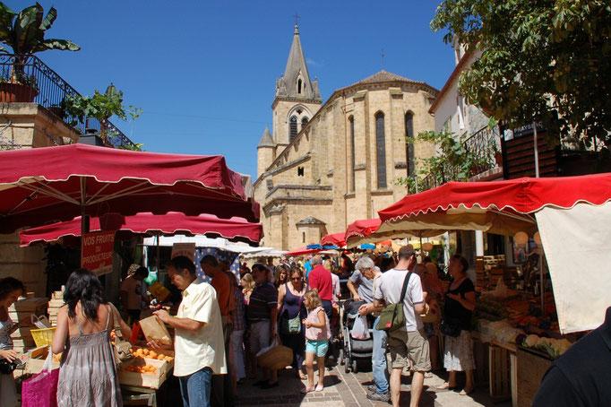 Vrijdagochtend markt in Prayssac.