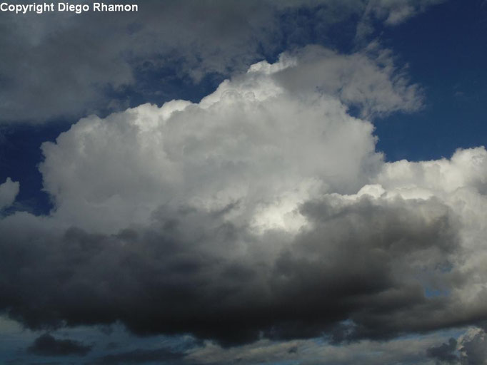Cumulus mediocris vista em Campina Grande, Paraíba, em 12/03/2014.