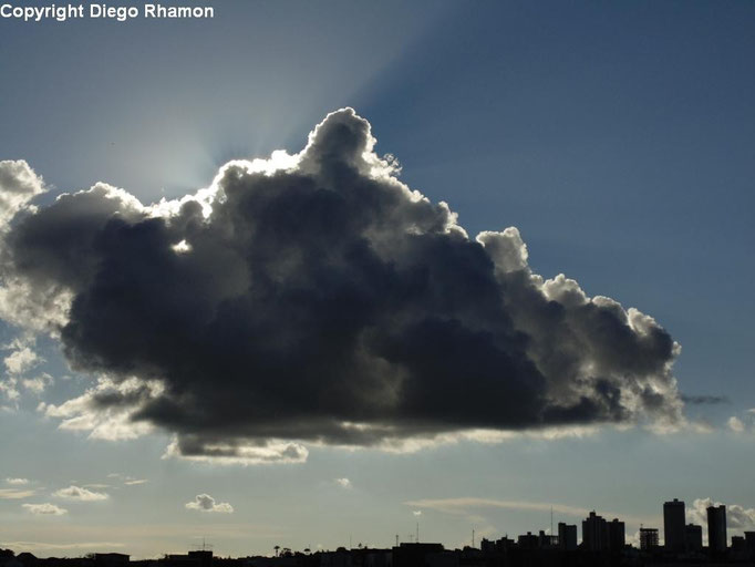 Cumulus mediocris vista em Campina Grande, Paraíba, em 29/05/2014.