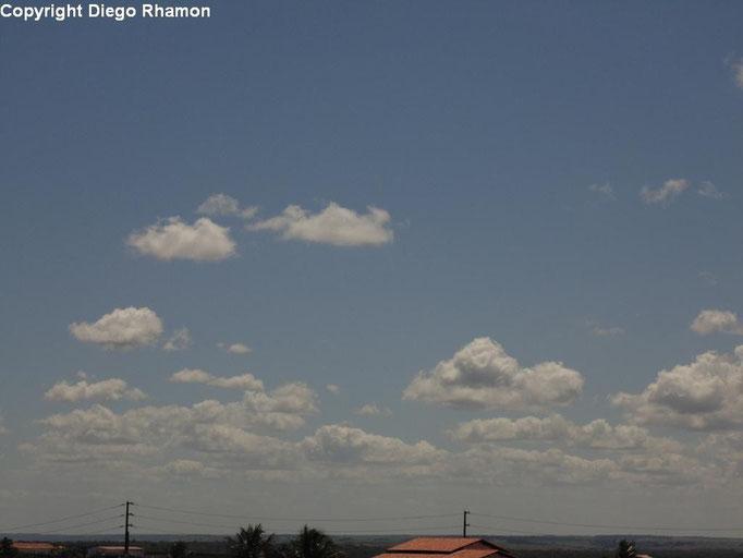 Cumulus humilis vistas em João Pessoa, Paraíba, em 25/03/2014.