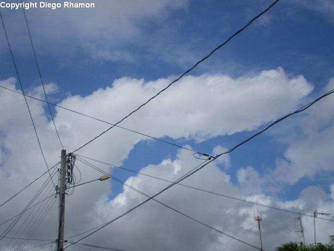 Altocumulus cumulogenitus vistas em João Pessoa, Paraíba, em 01/07/2010.