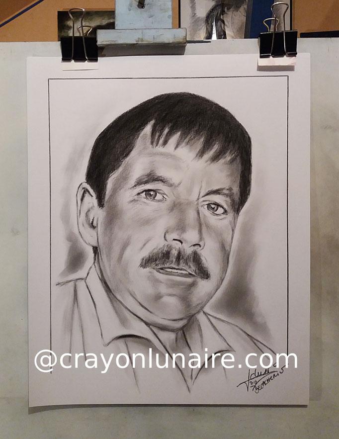 Portrait-homme-fusain