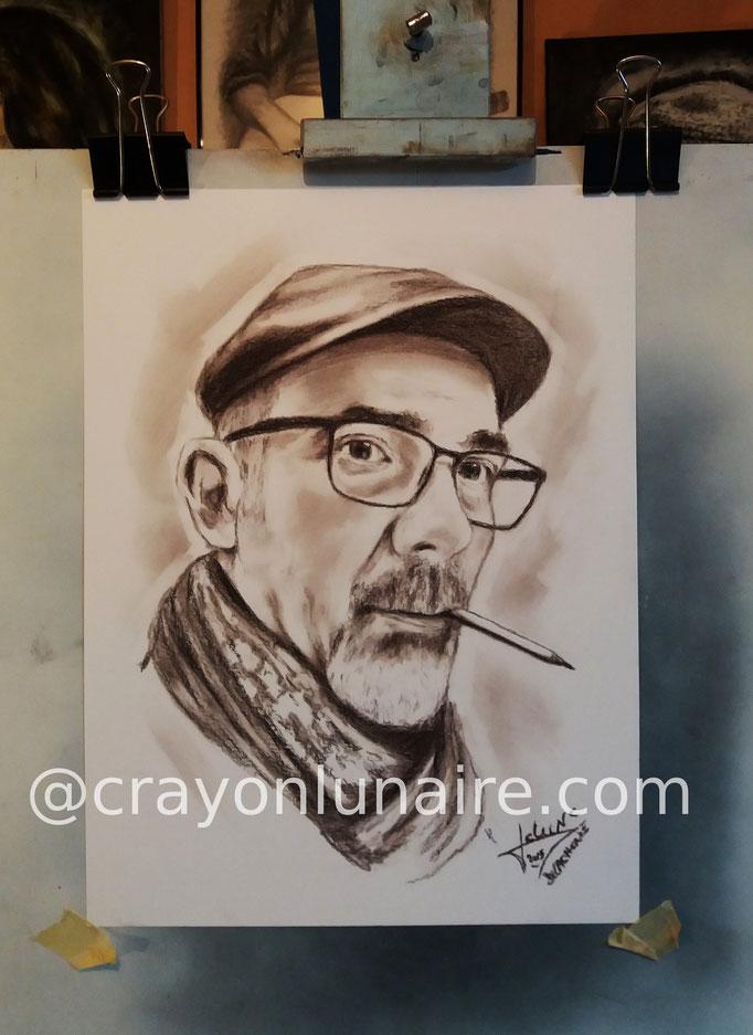 crayon-lunaire-auto-portrait