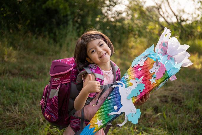 Einschulung, Erster Schultag, ABC Schützen, Schultüte, Kindergarten, Schule, Grundschule, Drausen, Schulbank, Fotoshooting, Einschulungsshooting