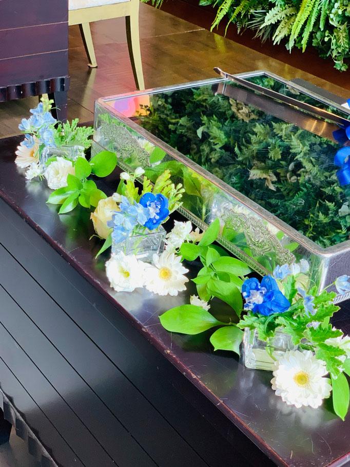 ケーキテーブル装花
