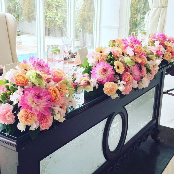 華やかな高砂装花
