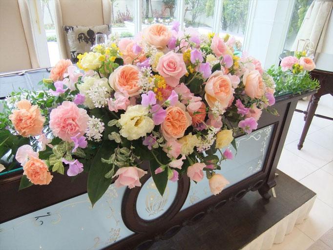 メインテーブル装花 ピンク