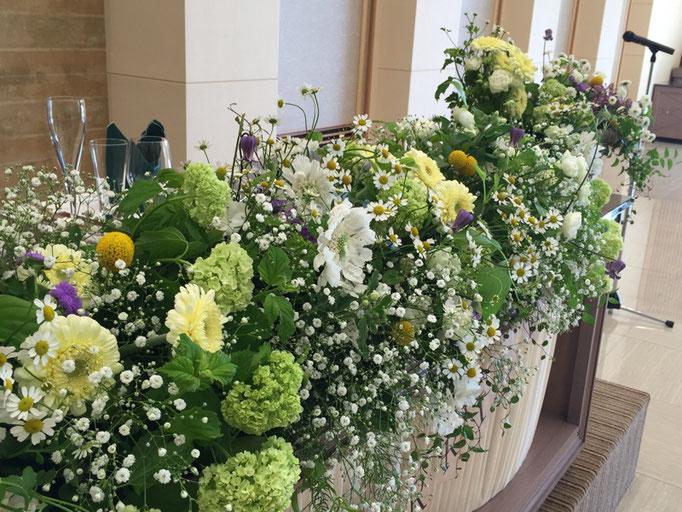 カスミソウの花飾り