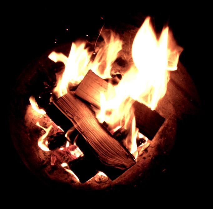 brennendes Feuer - brucia - burning