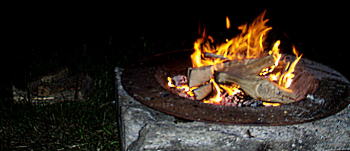 let it burn - cozy fire at solstice in the summer and winter solstice