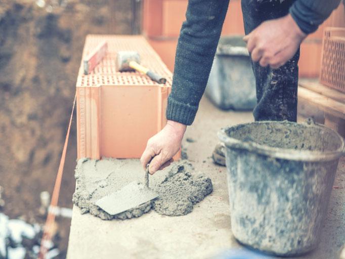 Bei der Sanierung eines unter Denkmalgeschützen Gebäudes durch die 3B Denkmalpflege & Bausanierung GmbH.