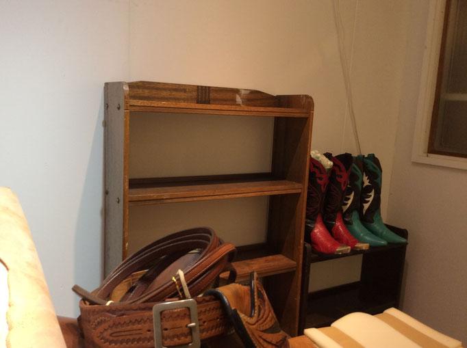 ブーツもあります。派手なウエスタンブーツいかがですか? 小さな雑貨屋sioux & lily(スーアンドリリー)