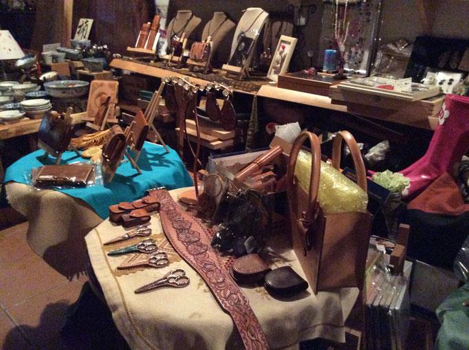 sioux&lily  珍品堂さんで展示会やってみました。