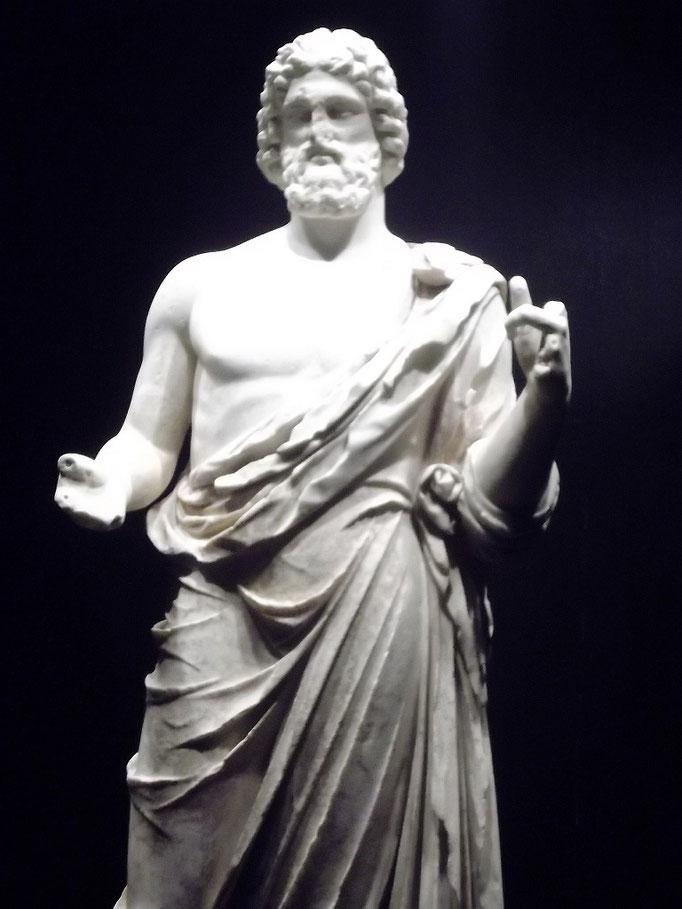Die Asklepios-Statue
