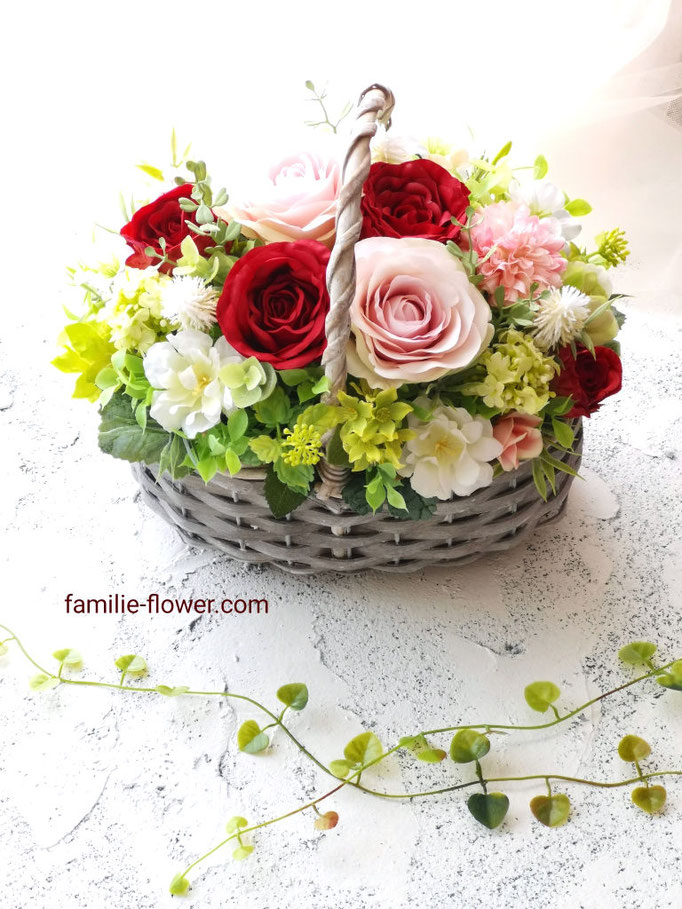 赤いバラの造花ギフト
