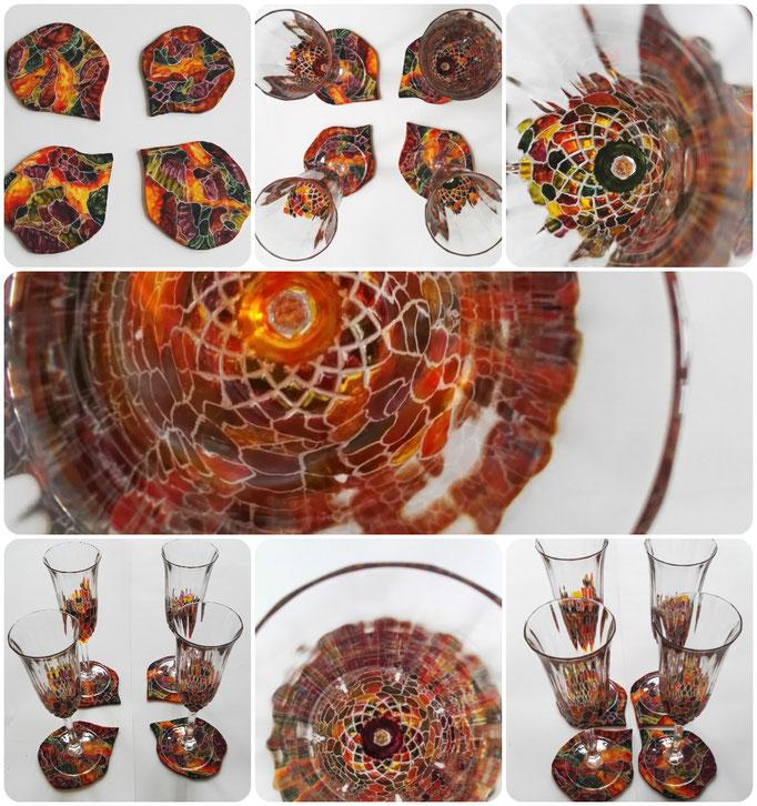 Een set van vier unieke kristallen hand gegraveerde en beschilderde glazen. Met vier bijpassende uniek hand gegraveerde en beschilderde onderzetters. Geïnspireerd naar de eigenaars.
