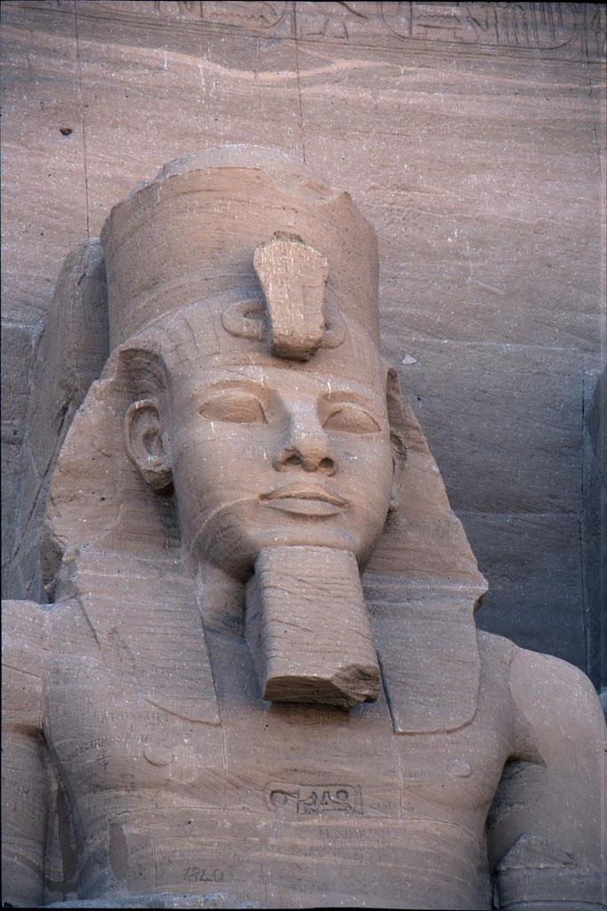 Ramsée II au temple d'ABOU SIMBEL.
