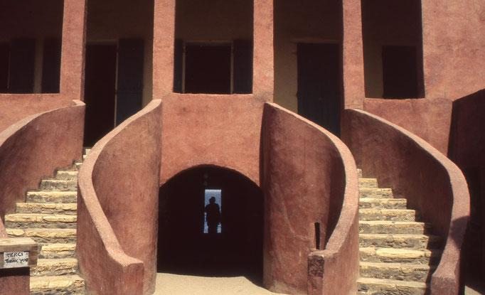 Maison des esclaves et la porte du voyage sans retour à GOREE.