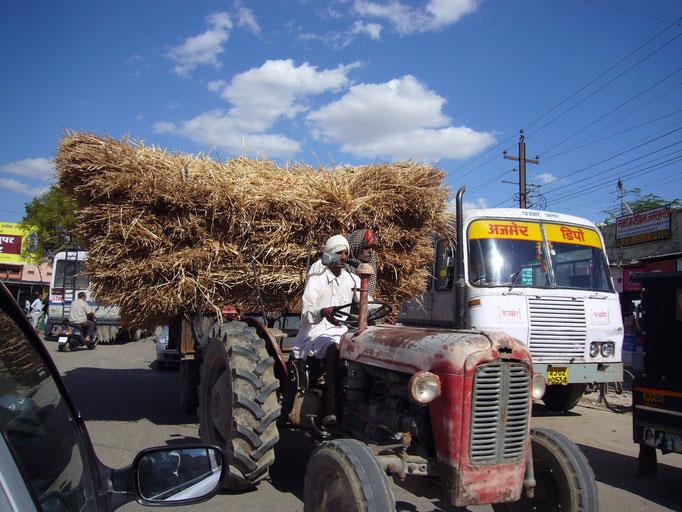 Sur les routes hétéroclites vers AGRA.