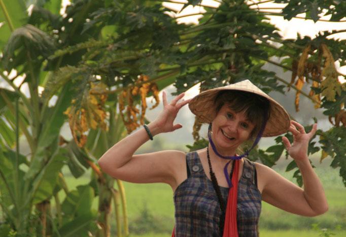 Dans les rizières. MYANMAR.