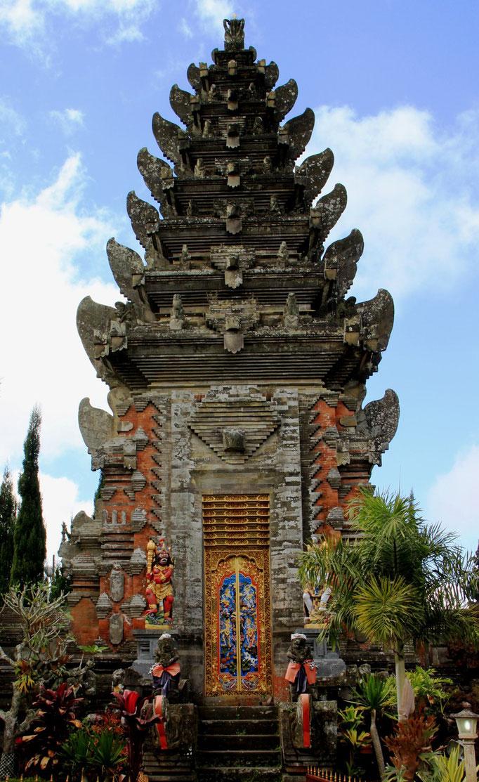 Temple à SIDEMEN.