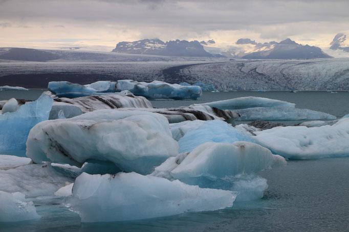 Lac glaciaire à JÖKULSARLON.