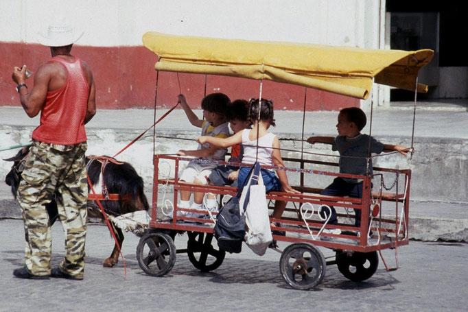 Manège pour enfant à TRINIDAD.