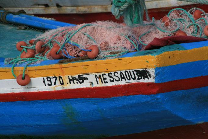 Petit port de pêche à HOUMT SOUK.