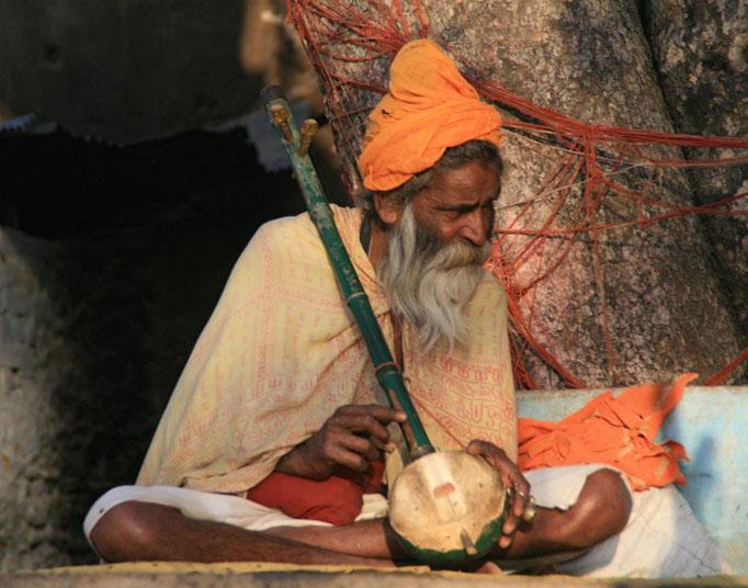 Les Brahmans sont aussi des musiciens à MUMBAÏ.