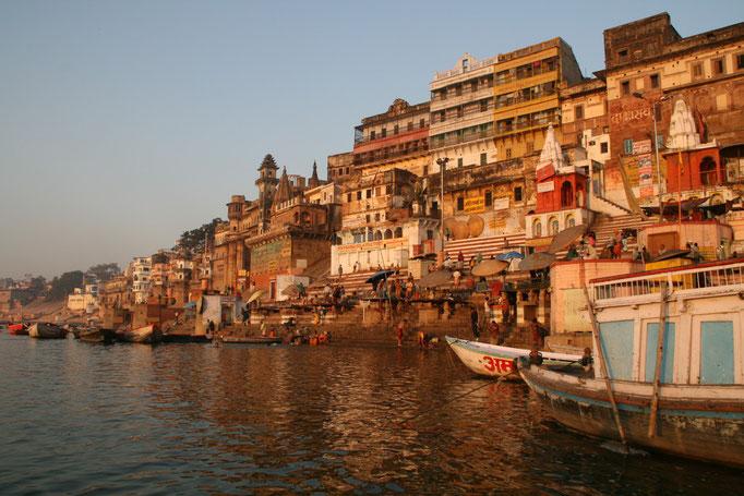 Le Gange à VARÂNÂSI.