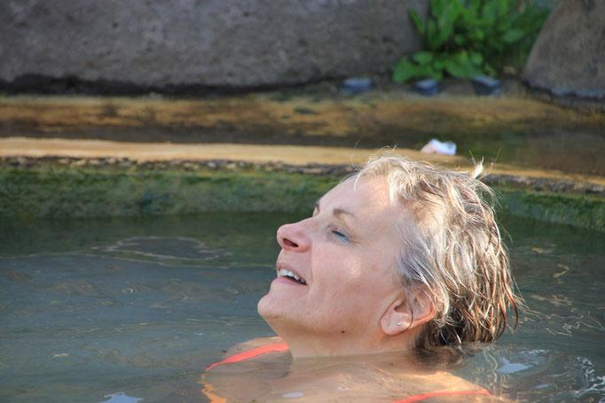 Source d'eau chaude à LYSUHOLSLAUG.