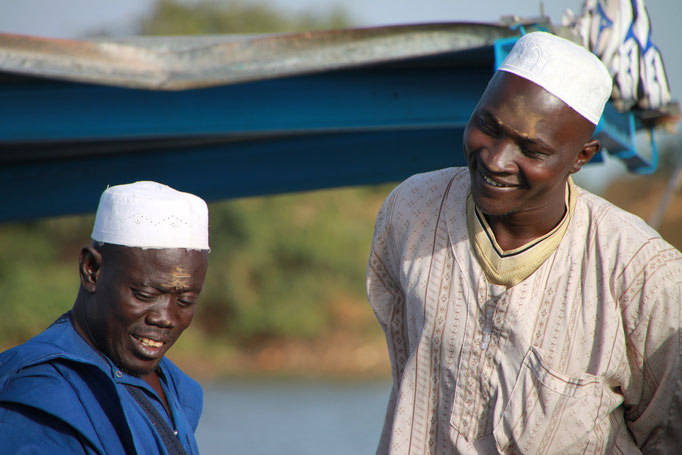 Sur les bords du fleuve NIGER.