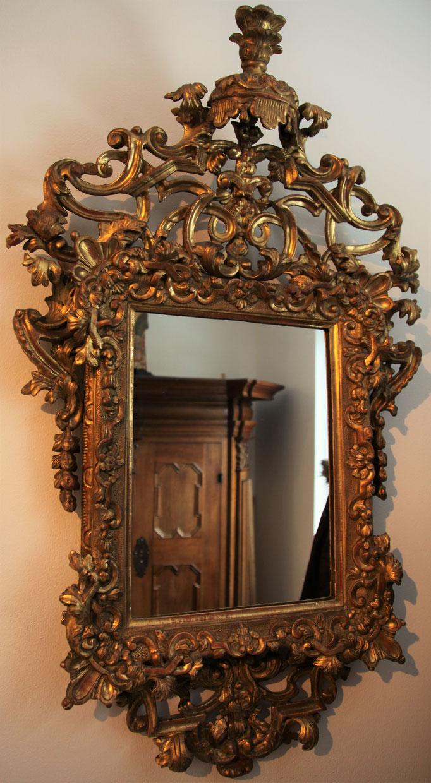 Barockspiegel mit Baldachin, um 1740, orig. vergoldet, 110 x 65 cm