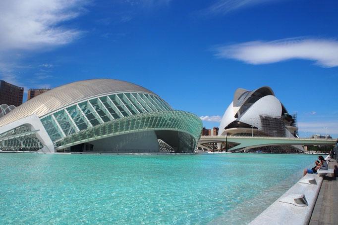 その後は芸術科学都市へ サンティアゴ カラトラバの建築群がたくさん
