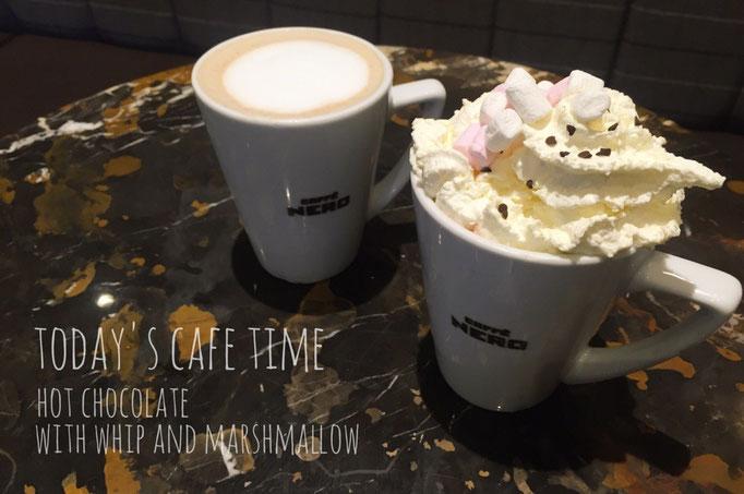 """電車の時間までは時間があるのでカフェでのんびりタイム """"cafféNERO""""のかわいいココア"""