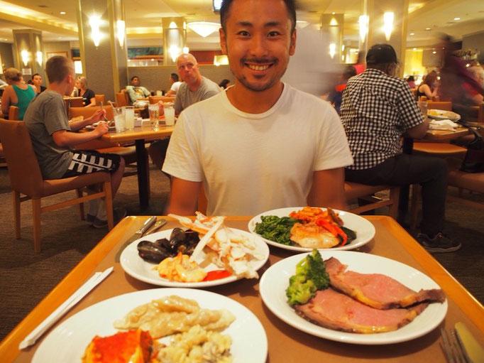 お買い物を楽しんだ後はホテルのレストランへ ラスベガスはブュッフェ(食べ放題)激戦地!