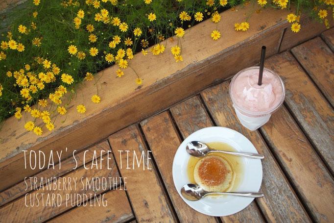 この日は リバービューのカフェにおじゃまして メコン川を眺めながら ほのぼの甘いものタイム♡