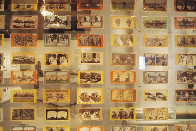 中では昔のニューヨークに関する書籍や写真の展示も行われていて 少し見ていくことに...