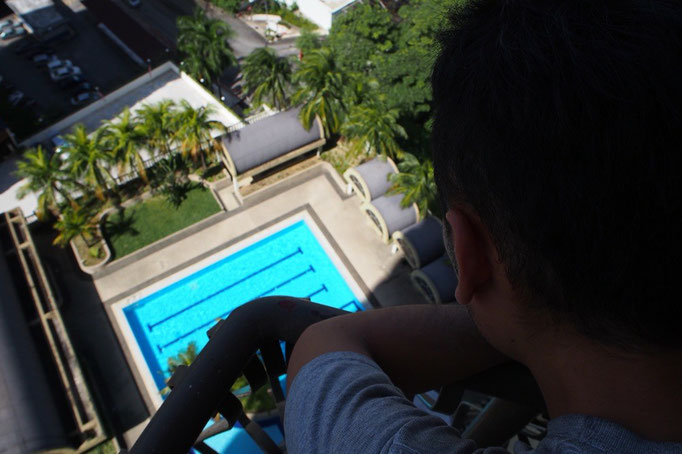 KLではコンドミニアムに滞在 眺めの良いこちらのコンドミニアムは なんとプール付き...おぉぉ♡