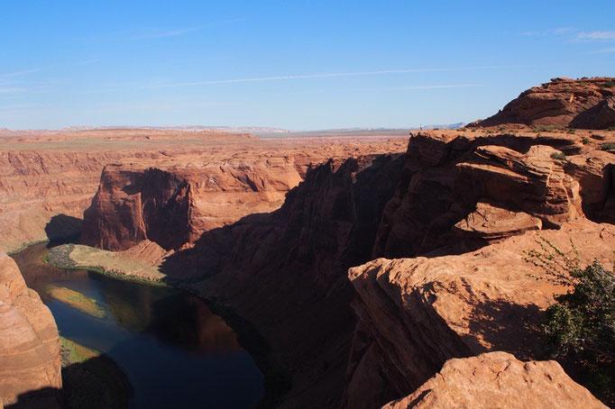 壮大な景色は写真に収めるのが難しすぎて 旦那さんもすぐに豆みたいになります(笑)