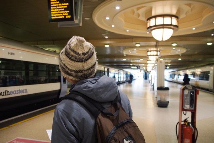 地下鉄とバスを満喫したので 次の目的地までは鉄道に乗って移動することに
