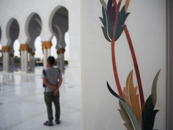 どこも写真に撮りたくなってしまうモスク。