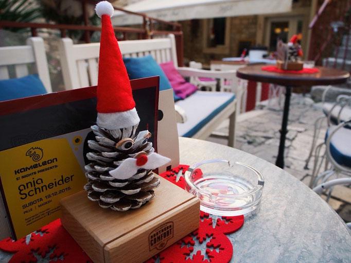 カフェで見つけたクリスマス風景