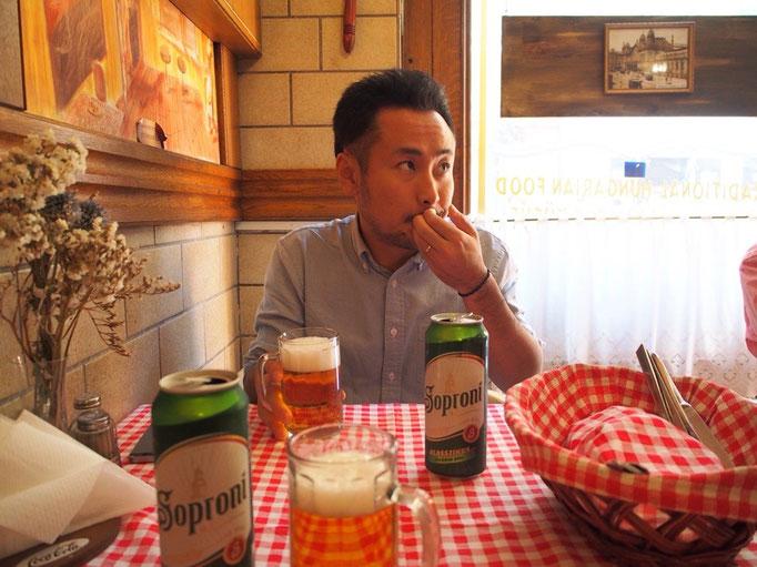 お昼ごはんは気になっていたレストランへ