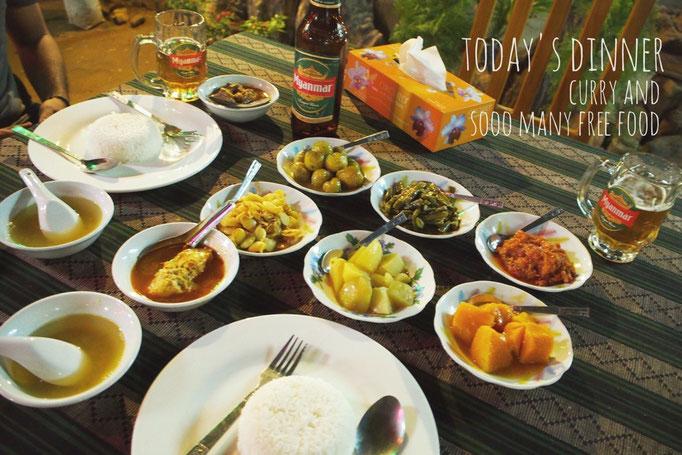 バガン滞在中に通ったミャンマーカレー  カレーを頼むと スープの他におかずが6種類も付いてきます♡