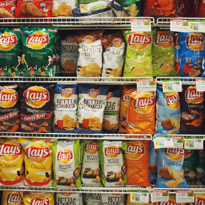 マイアミのスーパーでは大好きなLaysの種類がこんなにたくさん♡