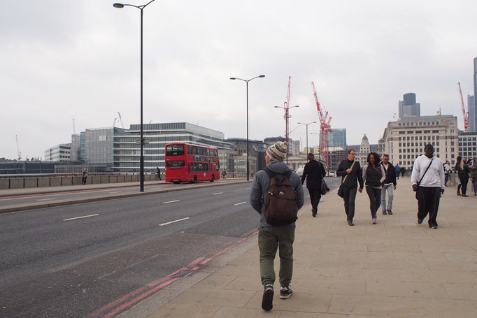 ロンドン橋 落ちた♩落ちた♩落ちた♩という歌にも出てくるロンドン橋はいたってシンプル